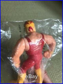 Hasbro WWF WWE Hulk Hogan Mail order limited in Sealed Bag 1993 Unopened Rare A