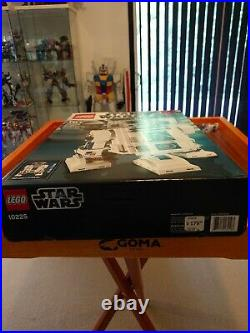 LEGO Star Wars Ultimate Collector Series R2-D2 10225 Rare Retired Sealed & NEW