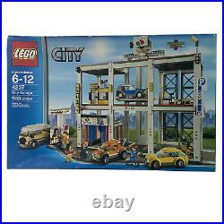 Lego City 4207 City Garage 2012 Retired Rare 6-12 933 Pcs New Sealed