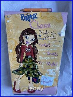 MGA BRATZ Back To School Bratz Class PHOEBE FASHION DOLL NEW SEALED NRFB RARE