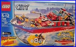 NEW SEALED LEGO 7906 City Fireboat Set withBattery Motor (RARE HARD TO FIND)