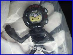 Rare CASIO Vintage Digital Watch G-SHOCK G-MAN FIGURE PROMO GW-9010 NOS SEALED