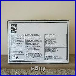 The A Team Van Model Kit AMT/ERTL 125 Scale Plastic 2002 New Sealed RARE