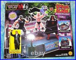 WCW SMASH'N SLAM Wrestling RING & Rare MEAN GENE OAKERLUND Figure SEALED ToyBiz
